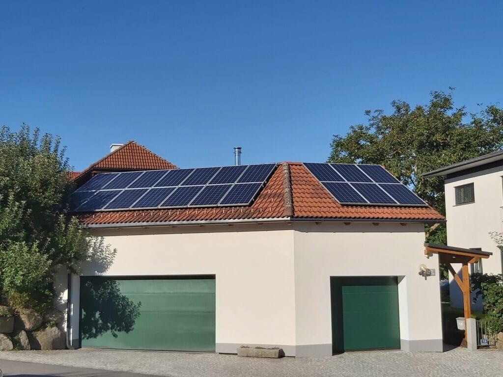 photovoltaik anlage aufdach pv module photovoltaik installieren referenz grünzweil altenfelden stromspeicher byd