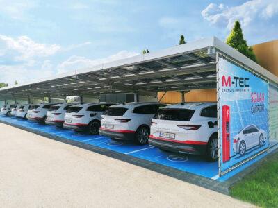 M-TEC Solarcarport mit 14 Stell- und Ladeplätzen