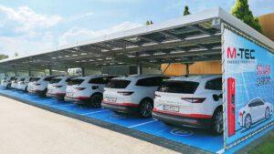 M-TEC E-Fuhrpark mit SolarCarport